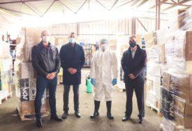 POMOĆ ZA 11 LOKALNIH ZAJEDNICA Podijeljeni paketi zaštitne opreme i dezinfekcionih sredstava