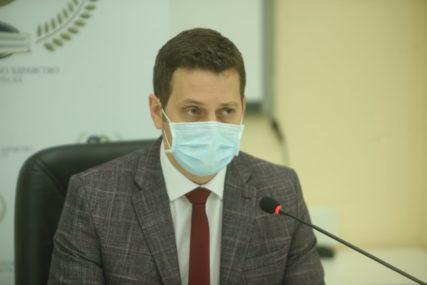 SITUACIJA I DALJE ZABRINJAVAJUĆA U Srpskoj preminulo 25 LJUDI, još 374 GRAĐANA pozitivno na korona virus