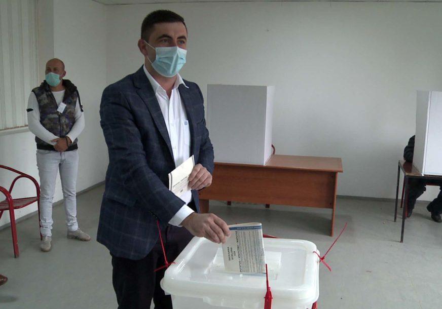 VODI LJUBIŠA PETROVIĆ Obrađeno 99,44 odsto biračkih mjesta u Bijeljini