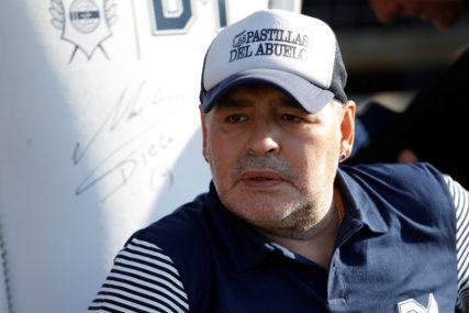 IZA ARGENTINCA OSTALO BOGATSTVO Maradona iz testamenta izbacio dvije kćerke i bivšu ženu