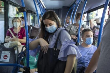 SZO pozvala potpuno vakcinisane da nose maske zbog opasnosti od delta soja korona virusa