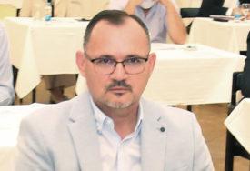 GUBITNIK DANA Milenko Jaćimović