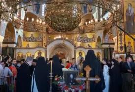 SAHRANJEN MITROPOLIT AMFILOHIJE Od arhiepiskopa cetinjskog se oprostilo hiljade građana i brojni zvaničnici (VIDEO)