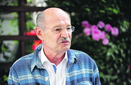 ROĐEN JE U BANJALUCI I RANO OSTAO BEZ OCA Potresni detalji teškog života Mustafe Nadarevića