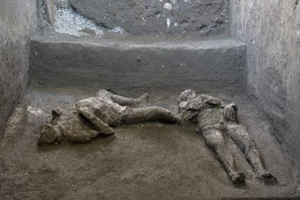 NOVA OTKRIĆA U POMPEJI Arheolozi pronašli tijela gospodara i roba koji su nastradali tokom vulkanske erupcije