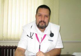 """""""Buntovni su i ne drže se mjera"""" Dr Janković ističe da je veliki broj tinejdžera zaražen koronom, ali nemaju simptome"""