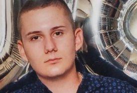 """""""UMRO JE ZBOG NEČIJE NEOZBILJNOSTI"""" Potresna ispovijest teče poginulog mladića (20) koga je vozio PIJANI DRUG"""