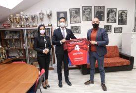 PODRŠKA BANJALUČKOM VELIKANU Udovičić i Davidovićeva posjetili RK Borac m:tel