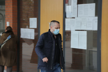 NASTAVLJA SE SUĐENJE ZA UBISTVO PJEVAČICE Zoran Marjanović sa adovkatima stigao u Palatu pravde (FOTO)