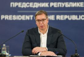 IMUNIZACIJA U SRBIJI Vučić: Novinari na listi prioriteta za vakcinaciju