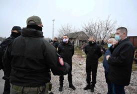 U CENTRIMA OBEZBIJEĐENA ZAŠTITA Vulin: Migranti da budu u prihvatnim centrima i da ne krše zakone