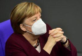 """""""NAZIRE SE SVJETLOST NA KRAJU TUNELA"""" Merkel poziva narod na strpljenje u borbi sa korona virusom"""