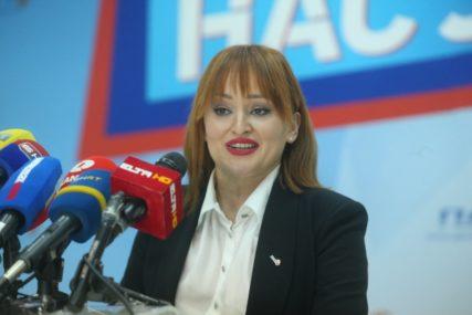 Petrovićeva odgovorila Vulićevoj: Želja SNSD za foteljama omogućila SDA da radi šta hoće
