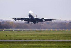 OGROMAN PAD PUTNIKA Bečki aerodrom u velikim gubicima