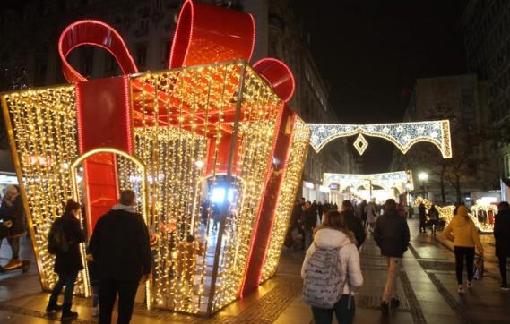 KORONA POMRSILA KONCE U Novu godinu BEZ PROSLAVA na trgovima i ugostiteljskim objektima
