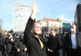 POKLON ZA POBJEDU Stanivuković se pohvalio novim peharom (FOTO)