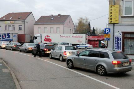 Vozači, budite strpljivi: Gužve na graničnim prelazima između Srbije i BiH