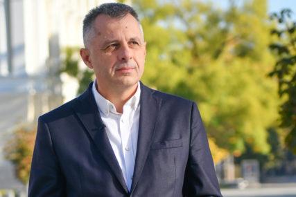 BORBA SA KORONOM Igor Radojičić u bolnici