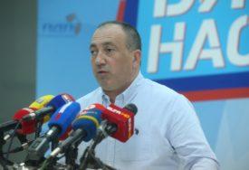 Crnadak poručuje da je svako ko NE POTPIŠE Dodikovu peticiju uradio veliku stvar za Republiku Srpsku