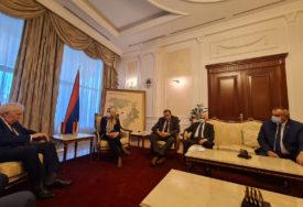 ZAHVALNOST NA RAZUMIJEVANJU I SARADNJI Zvaničnici Srpske održali oproštajni sastanak s ruskim ambasadorom Ivancovim