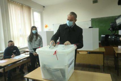 """""""DOBIĆEMO POVJERENJE GRAĐANA"""" Borenović očekuje odličan izborni rezultat"""