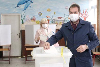 """""""OČEKUJEM FER I KOREKTNU ATMOSFERU"""" Selak očekuje pozitivan ishod lokalnih izbora"""