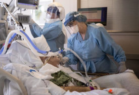 DRUGI TALAS NA VRHUNCU U Sloveniji 1.564 novozaraženih, 24 osobe preminule, bolnice se i dalje pune