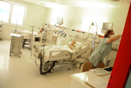 Korona u Srbiji: Preminulo 39 ljudi, registrovano još 3.405 novih slučajeva virusa