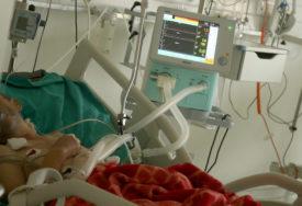 Broj novozaraženih nešto iznad 1.000: Od posljedica korone u Srbiji preminulo 17 osoba
