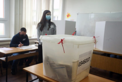 TEHNIČKA PROCEDURA Tegeltija: Ima novca za ponavljanje izbora u Doboju i Srebrenici