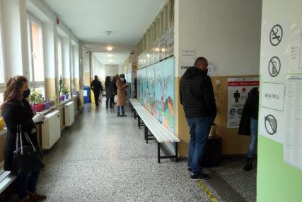 ŠTA JE SVE UTVRĐENO TOKOM IZBORA U BiH Od fotografisanja listića, do otvorenog nagovaranja na glasanje