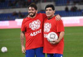 EMOTIVAN OPROŠTAJ Maradona junior: Osjećao sam se nepobjedivo kraj tebe