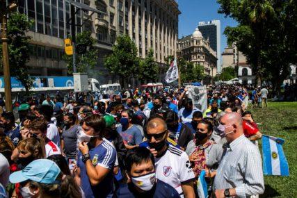 POZNATI DETALJI SAHRANE MARADONE Predsjednik jednim gestom RAZBJESNIO Argentince (VIDEO)