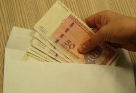 Rastu primanja, ali i troškovi: U Srpskoj u avgustu rekordna prosječna plata nakon oporezivanja