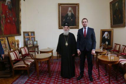 SPC KLJUČNA ZA OČUVANJE SRPSKOG IDENTITETA  Selak sa saradnicima kod patrijarha Irineja