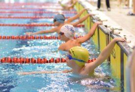 """MEĐUNARODNI MITING """"MALI DELFINI"""" U BANJALUCI Plivači Olympa najbolji, oboren rekord u štafeti"""