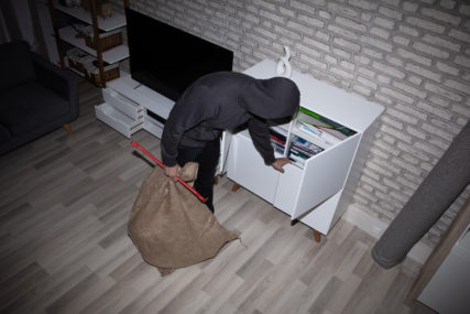 UHVAĆEN NA DJELU Serijski lopov iz Prijedora pljačkao kuću u Banjaluci