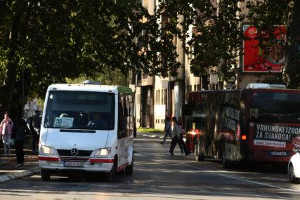 Iz saobraćaja isključena četiri vozila: Pojačane kontrole na suzbijanju nelegalnog prevoza ljudi