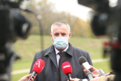 """Višković podržao tužilaštvo """"Istraga protiv zločinačkog NATO-bombardovanja veoma je važna"""""""