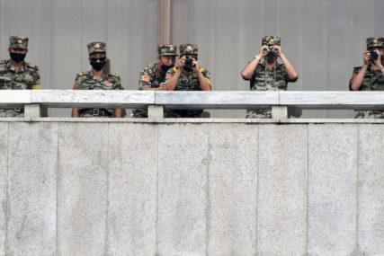 EKSTREMNE MJERE ZBOG KORONE Sjeverna Koreja na granicu s Kinom postavila NAGAZNE MINE
