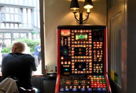 AUTOMATI PRIVREMENO ODUZETI Otkriveno ilegalno priređivanje igara na sreću u TRI OPŠTINE