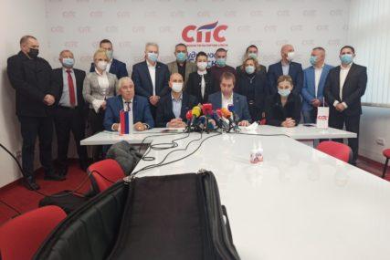 """SELAK TVRDI DA NE PREGOVARA SA OPOZICIJOM """"Želimo da ostanemo u koaliciji"""""""