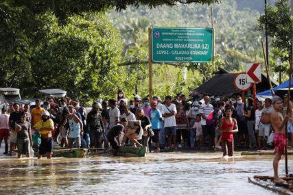CIKLON ODNIO 67 ŽIVOTA Nevrijeme izazvalo najgore poplave u 45 GODINA