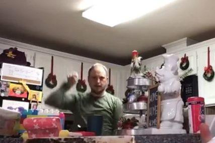 ČOVJEK NEOČEKIVANO POSTAO SENZACIJA Tata igrao u kćerkinom videu ne znajući da će on završiti kod UČITELJICE (VIDEO)