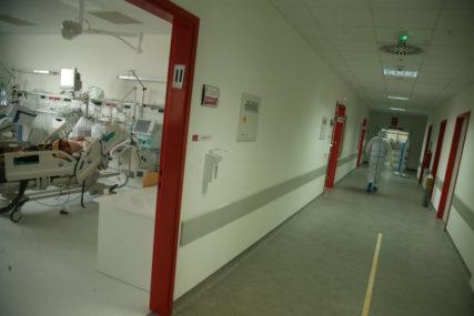 IMUNIZACIJA MEDICINARA U toku vakcinacija zdravstvenih radnika u KOVID BOLNICAMA