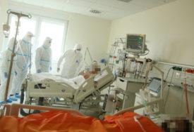 NA LIJEČENJU 35 KOVID PACIJENATA Osam osoba priključeno na respiratore u novosadskim bolnicama