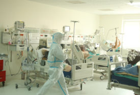 Korona u Crnoj Gori ne miruje: Preminula jedna osoba, zaraženo još 46 pacijenata