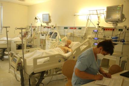 Korona mutirala i postala JOŠ OPASNIJA: U bolnicama u Srpskoj 2,5 puta više pacijenata nego mjesec dana ranije