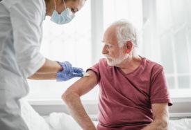 VELIKO INTERESOVANJE GRAĐANA Počinje vakcinacija protiv sezonskog gripa u BIJELJINI I GRADIŠKI