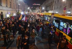 PROTEST ZBOG ZABRANE ABORTUSA Policija spriječila demonstrante da blokiraju parlament